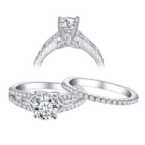 Jewelry - CERTIFIED 1.5 cttw Diamond Ring